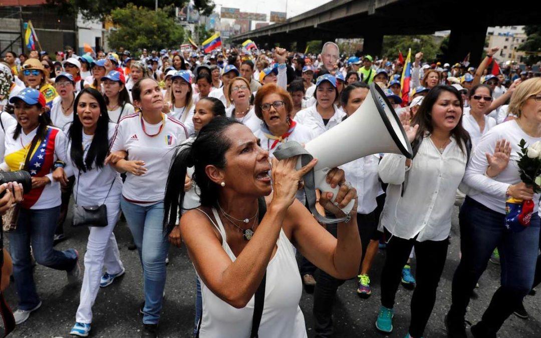 Las mujeres venezolanas superan la barrera de los techos de cristal