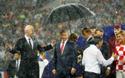 El paraguas de Putin y el pasticho ideológico