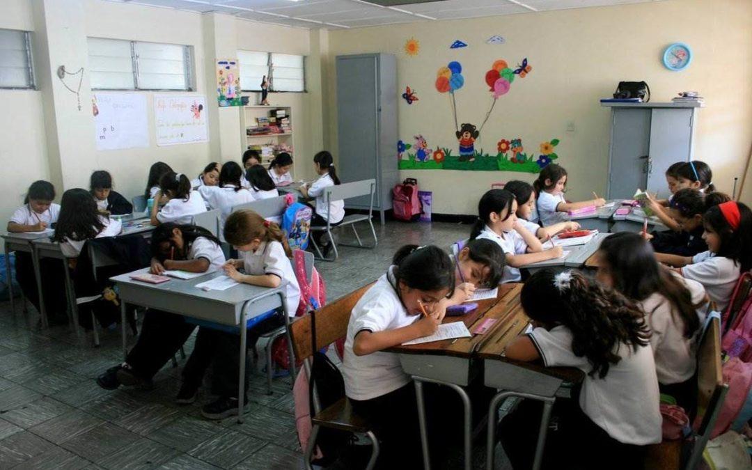 Educación en La Mejor Venezuela: Libre y para todos